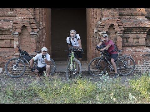 Myanmar in bici con tre burloni. Sergio Borroni & friends. Yangoon to  Bagan.