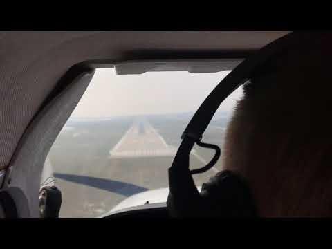 Airport Bratislava BTS landing (VFR)