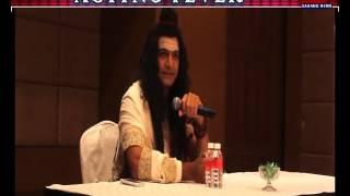 Manish Wadhwa As Vasuki With Sakshi Sharma