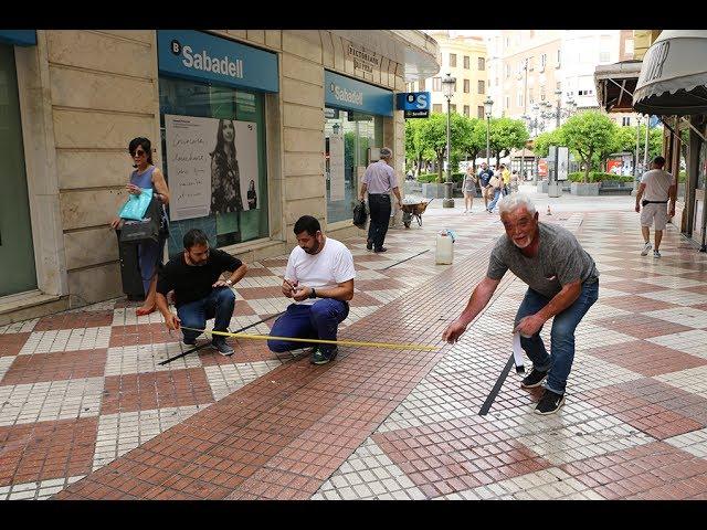 La ordenación de veladores en La Plata no contenta a todos