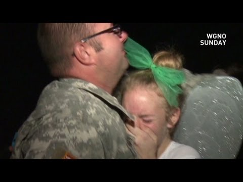 Army dad surprises his daughter at her homecoming dance from YouTube · Duration:  1 minutes