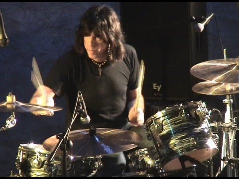 Marky Ramone in Chile, December 2005 (live) HELLO, ME LLAMO