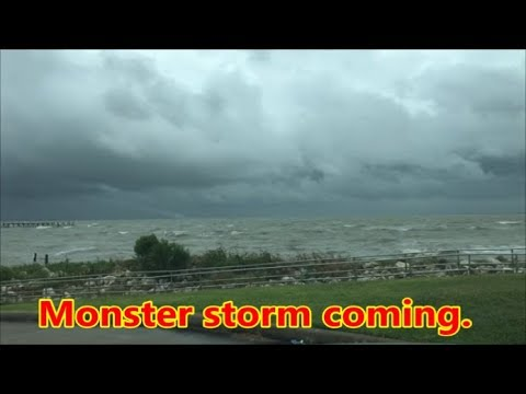 Galveston County,Tx=Hurricane Harvey Raw Footage prior to landfall