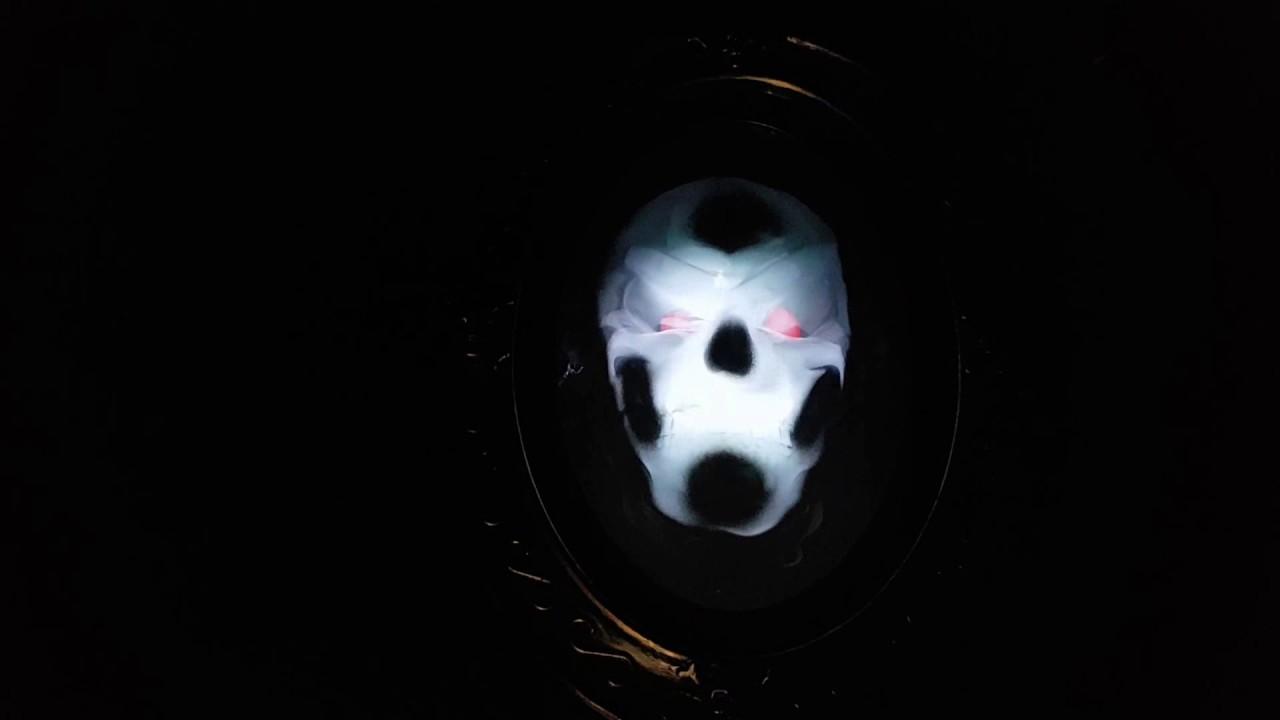Spiegel Met Klok : Halloween spiegel met licht en geluid youtube
