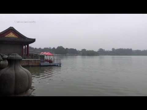 Summer Palace (頤和園 Yiheyuan) in Beijing, China