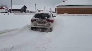 Outlander 3 тест по снегу 13.12.2017...