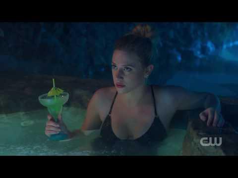 Riverdale 2x14 Veronica and Jughead Kiss Scene