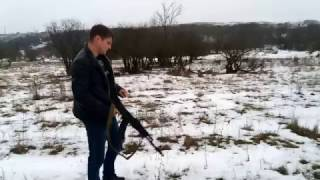 Тест стрельбы охолощенного АК-103 автомата по снегу и стрельба длинными очередями