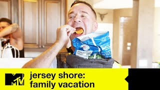 Mike 'The Situation' Embraces His Cheat Days | Jersey Shore Family Vacation