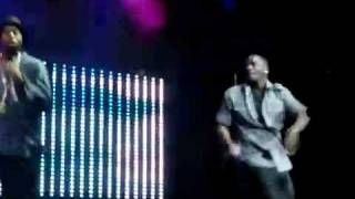 Akon - Beautiful [High Quality] Live!