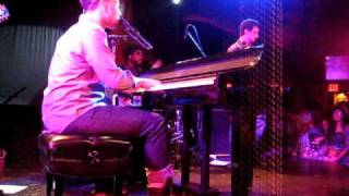 """John Legend & The Roots """"Hang On In There"""" LIVE at Troubadour"""