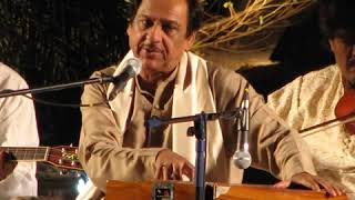 Saqi Sharab La Live Version   Ghulam Ali