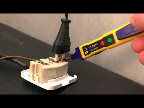Как сделать левую розетку в частном доме с помощью заземления