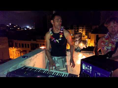 Playing Uzongilinda live at Tel-Aviv rooftop (Aircafe)