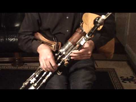Uilleann Pipes - Dicky Deegan plays The Castle of Dromore (October Winds) and The Return from Fingal