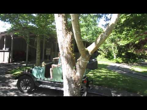 World fair old fashioned cars