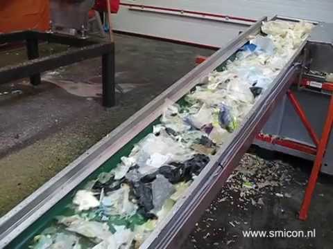 Machine processing vegetables, meat and supermarket waste