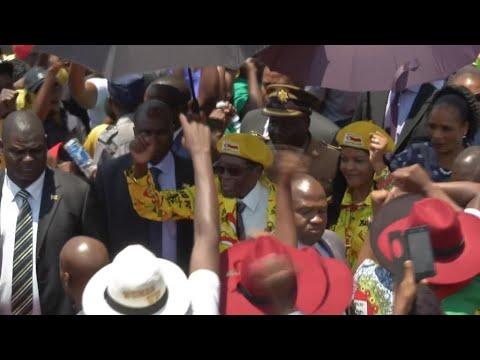 Zimbabwe: Robert Mugabe refuse de démissionner