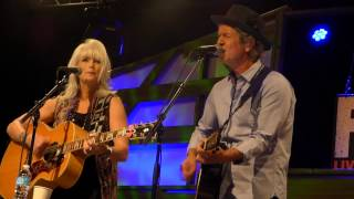 Emmylou Harris & Rodney Crowell,Leaving Louisiana In The Broad Daylight