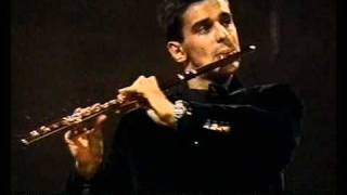 Davide Formisano plays Divertimento for Flute in B major op.52 by Ferruccio Busoni