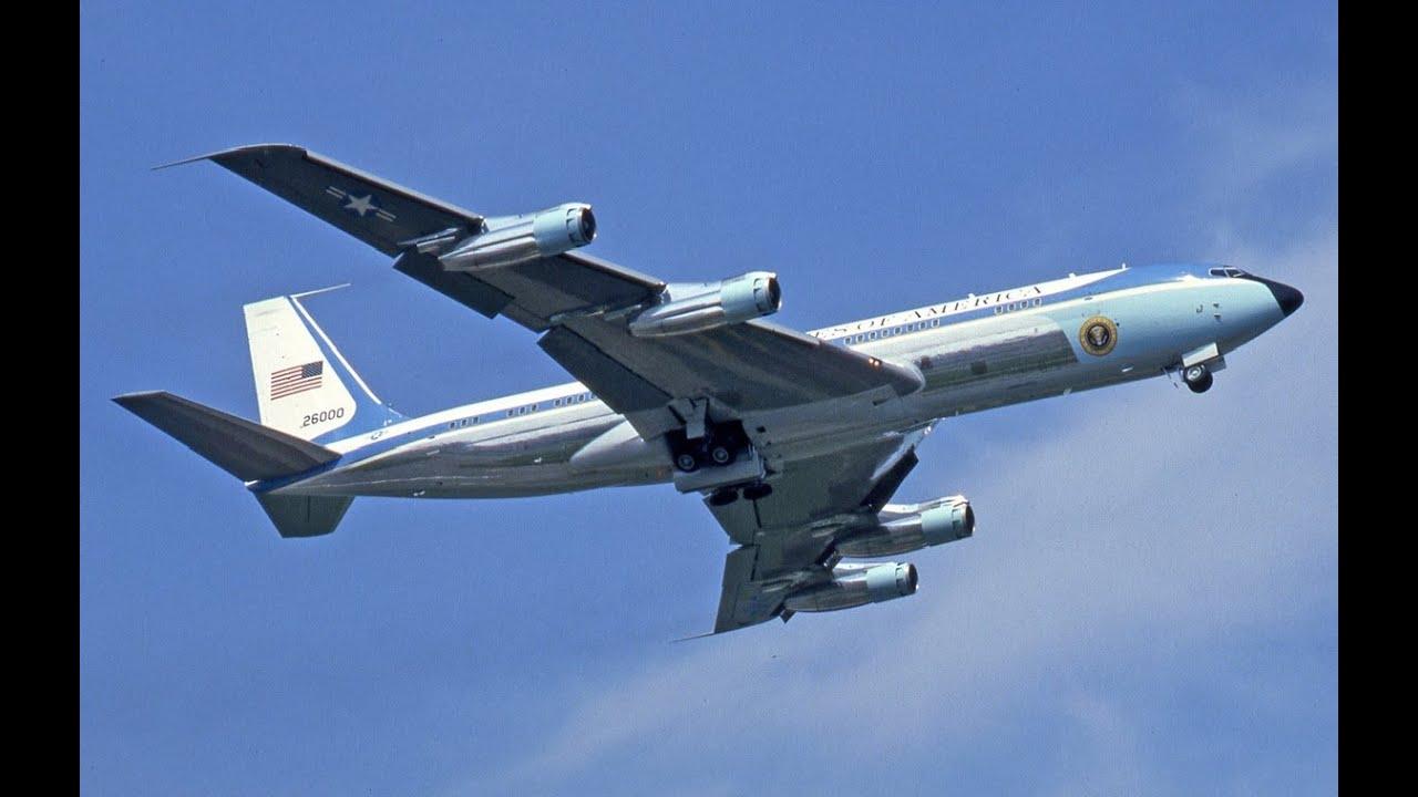 Download Air Force One Landing & Departing BUR (VC-137C)