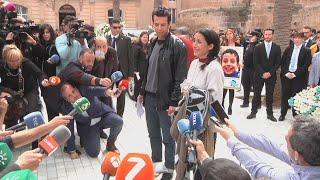 Cientos de almerienses despiden en su funeral a Gabriel Cruz