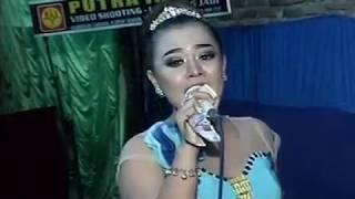 Download Juragan Empang Voc. Lia - BLS MUSIC Live Kayen HUT RI 72