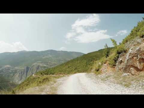 Moritz Ecker - Far Away [Official Video]