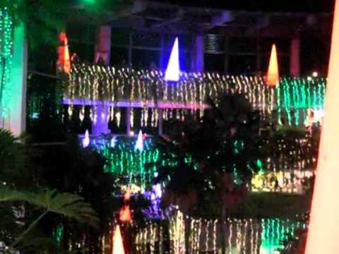 Trinoma merry Musical Christmast Lights and Sound 2012