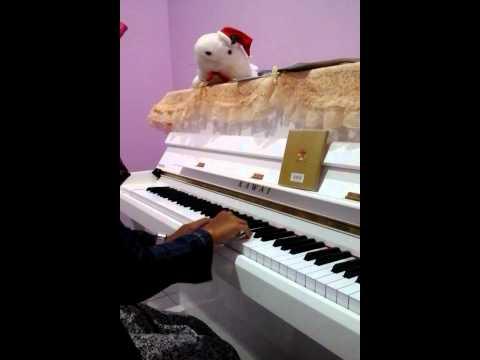 Ferdina syahnaz-piano klasik