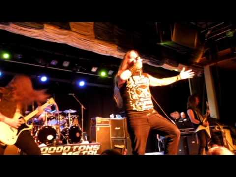 Devildriver - Grinfucked/Cry for Me Sky (Live) 70000 Tons of Metal 2017