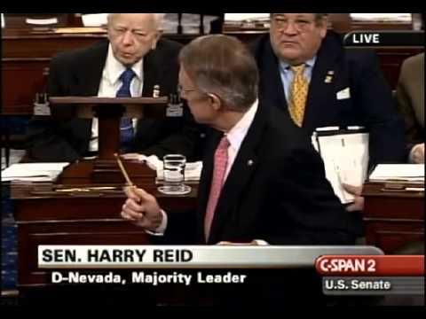 Harry Reid Praises Thad Cochran 10,000th vote!