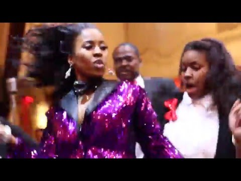 Michael & Courtney Wedding Brides Surprise Beyonce Performance (Court'Yonce)