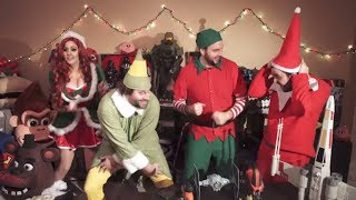 Repeat youtube video CHRISTMAS Youtube Rewind Parody 2016 ft Harley Quinn, PPAP, Twenty One Pilots, The Weeknd, & MORE!
