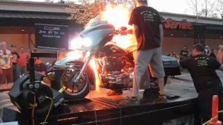 Harley Davidson Nitrous Explosion Smokin...