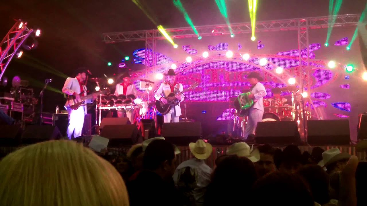 Los Tucanes De Tijuana Manny Flores El Diamante Rodeo