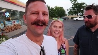 Exploring Williamstown Kentucky | Giant Metal Teepee, Old Log Cabin & Rating Chili