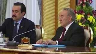 Назарбаев повысил пенсионный возраст для женщин
