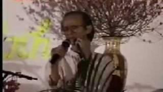 """Trịnh Công Sơn hát """"Một Cõi Đi Về"""" - Singapore Tết 1998"""