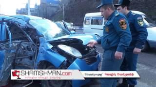 Ողբերգական ավտովթար Երևանում  Nissan March ի երիտասարդ վարորդը բախվել է էլեկտրասյանը