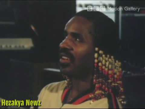THROWBACK NEWZ: Stevie Wonder Goes To ABBEY ROAD Studios(RARE BBC FOOTAGE)