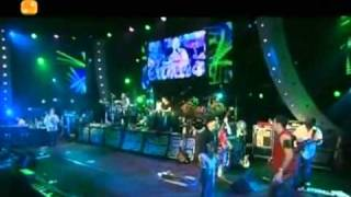 SANTANA LIVE Guajira VIDEO at MONTREUX 2004.flv