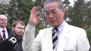 Хатсуо Рояма после закладки Аллеи Киокусинкай рассказал журналистам...