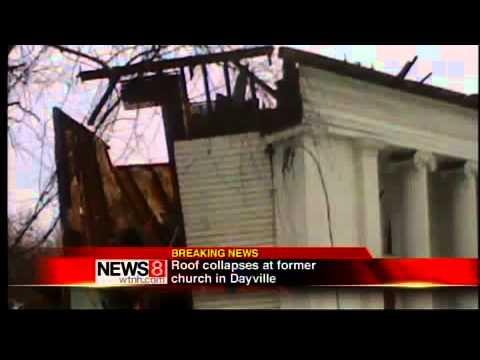2 escape Dayville collapse