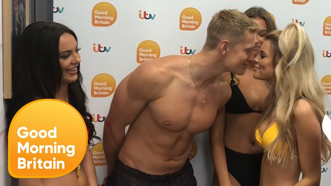Love Island's Rosie, Charlie, Zara and Hayley's Kissing Game   Good Morning Britain