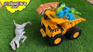 DINOSAUR FIGHT in truck! Prehistoric dinosaurs for kids jurassic battle box