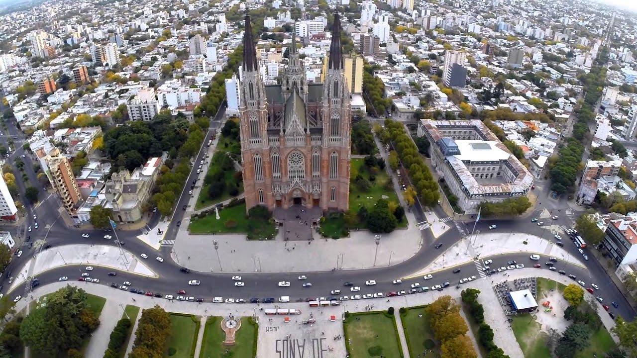 Drone En Plaza Moreno La Plata Youtube