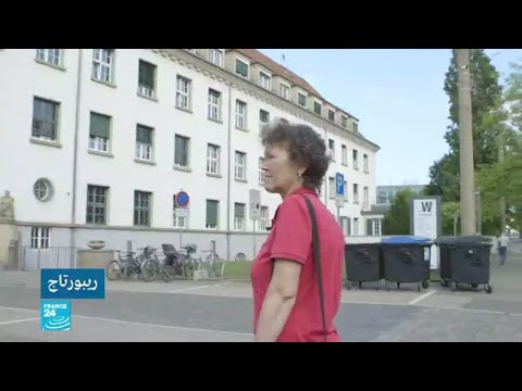 أمهات يبحثن عن أبنائهن الذين انتزعن منهن في ألمانيا الشرقية  - نشر قبل 29 دقيقة