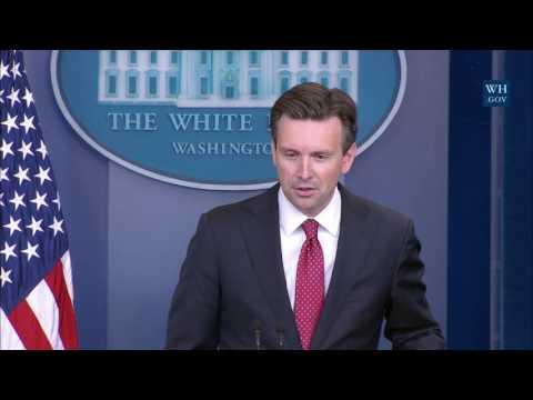 10/17/16: White House Press Briefing
