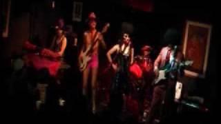 ピンクレディーのコピーバンド『PIN☆LADY』 2009年1月24日 豊橋『House ...